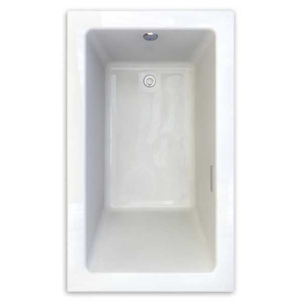 American Standard Studio White Acrylic Soaking Bathtub